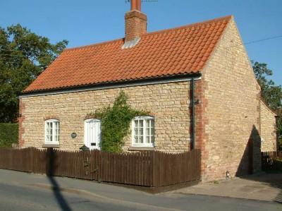 cottage em st 2