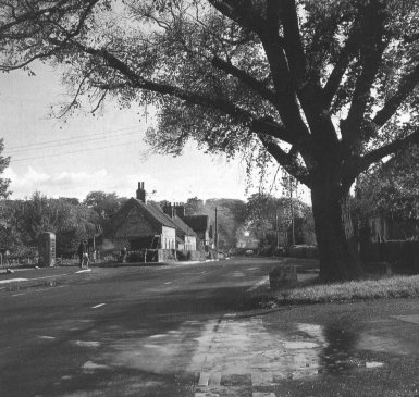 crossroads from pam this england 1990 bw ri